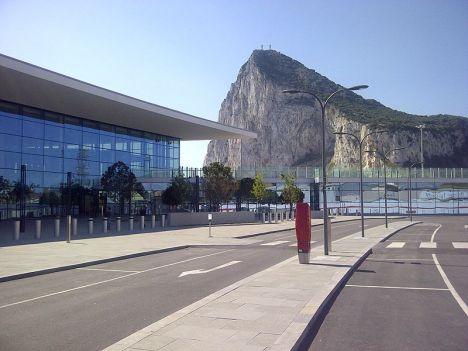 800px-gibraltar_airport_new_terminal